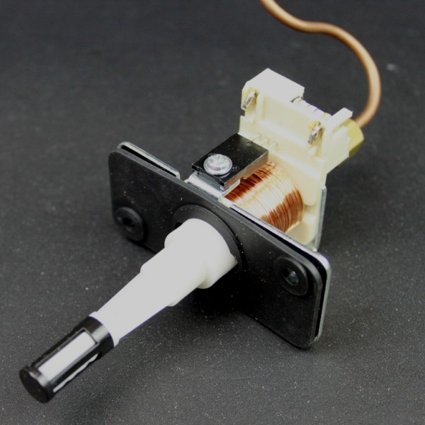 pompe a petrole pour poele zibro kamin royal heator sav pem. Black Bedroom Furniture Sets. Home Design Ideas